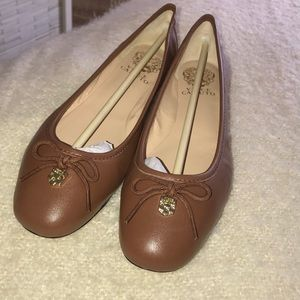 🆕 Vince Camuto Ria Flat in Cognac